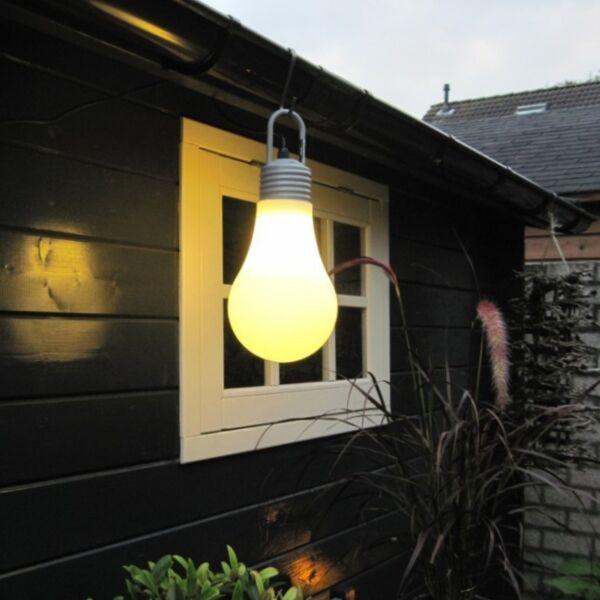 Retro-hängande-och-golvlampa-vit-IP65---Lampadina