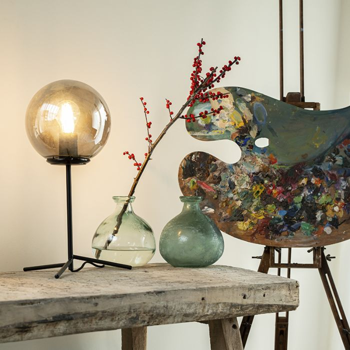 Art-deco-bordslampa-svart-med-rökglas-45,5-cm---Pallon